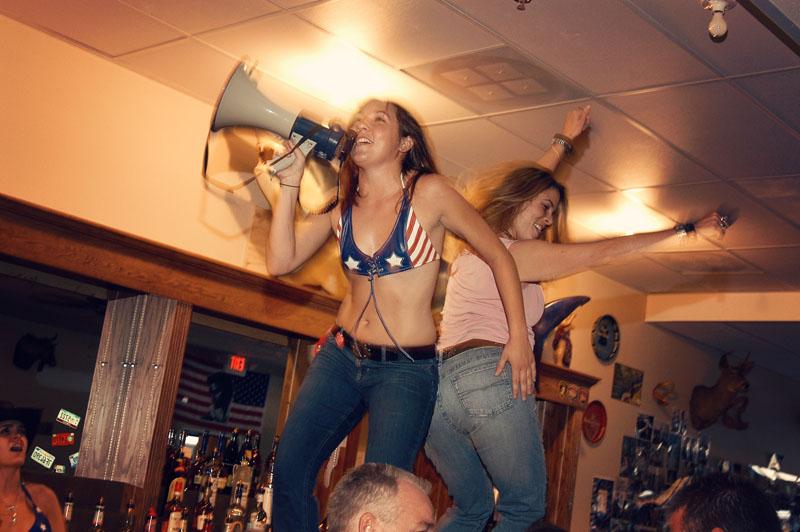 Hogs & Heifers Saloon_Las Vegas_Bartenders_0004