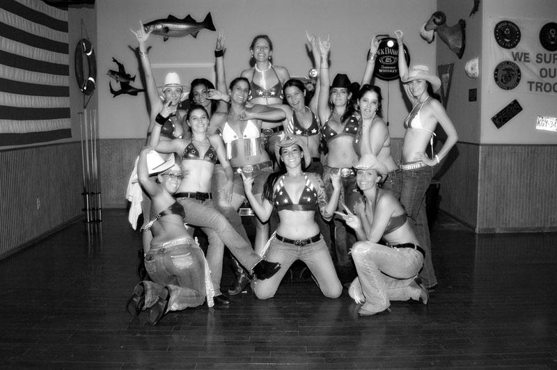 Hogs & Heifers Saloon_Las Vegas_Bartenders_0006