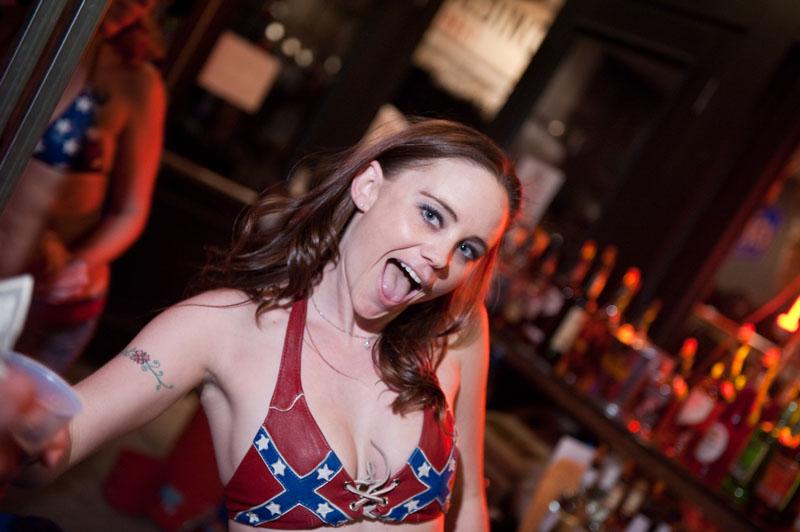 Hogs & Heifers Saloon_Las Vegas_Bartenders_0047