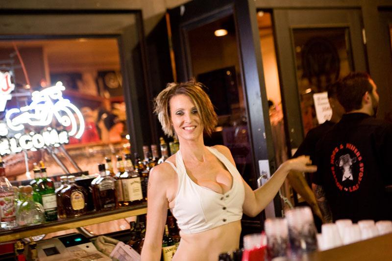 Hogs & Heifers Saloon_Las Vegas_Bartenders_0061