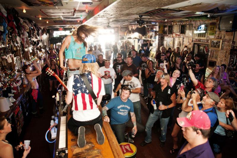 Hogs & Heifers Saloon_Las Vegas_Bartenders_0088