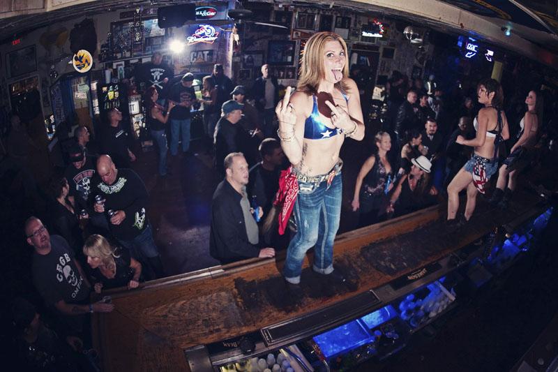 Hogs & Heifers Saloon_Las Vegas_Bartenders_0100