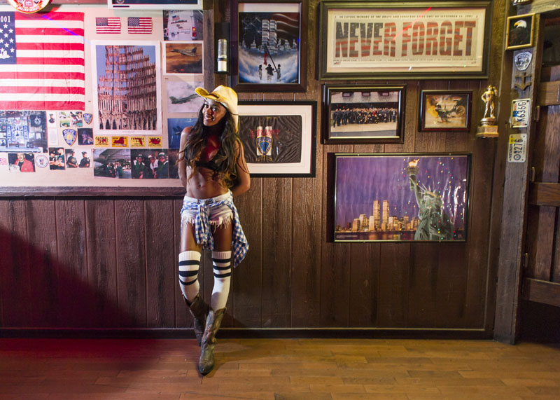 Hogs & Heifers Saloon_Las Vegas_Bartenders_0129