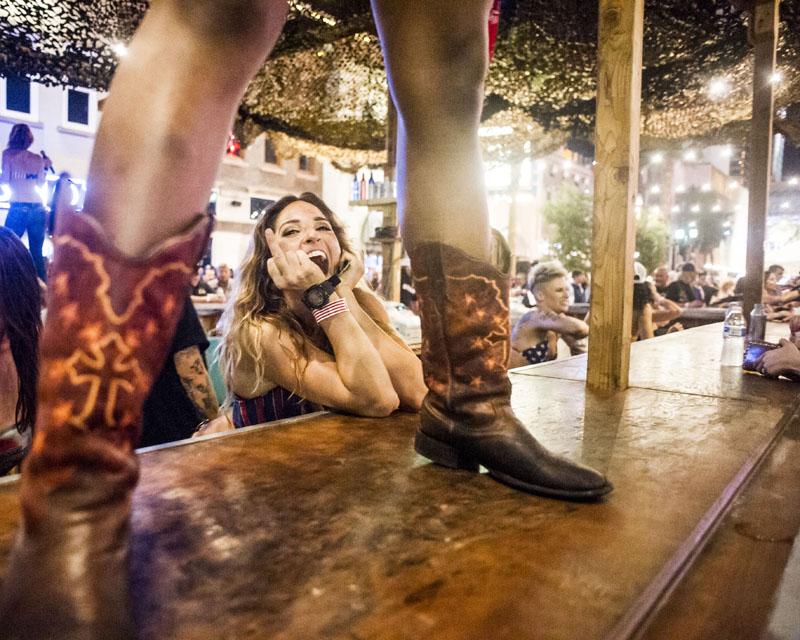 Hogs & Heifers Saloon_Las Vegas_Bartenders_0145