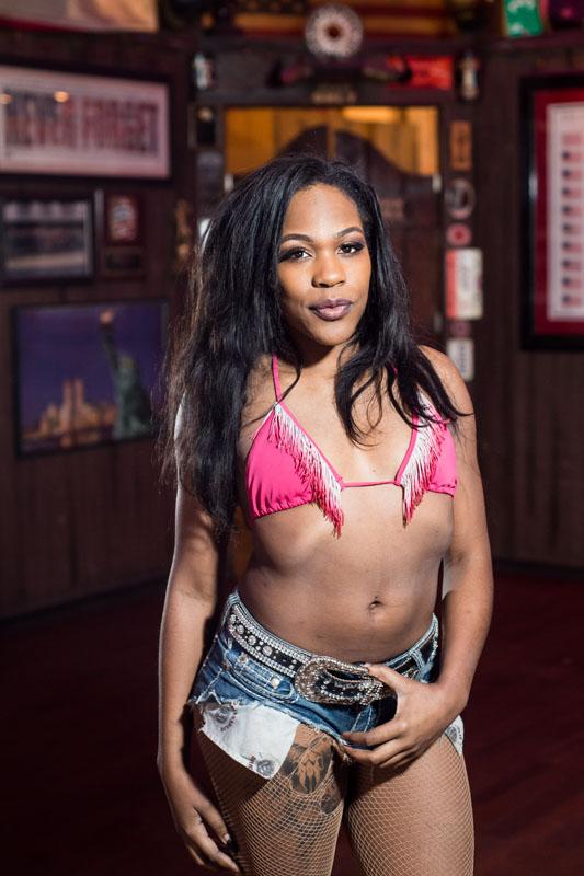 Hogs & Heifers Saloon_Las Vegas_Bartenders_0238