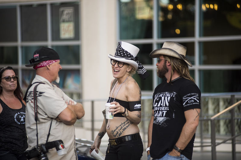 Babes_in_the_Alley_Hogs_and_Heifers_Sturgis_2018_0006