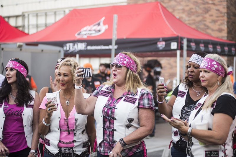 Babes_in_the_Alley_Hogs_and_Heifers_Sturgis_2018_0024