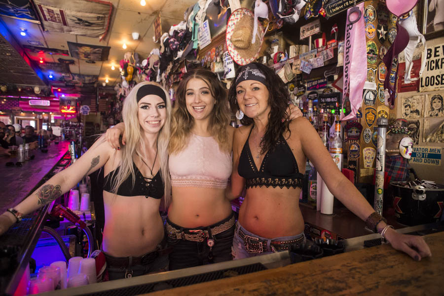 Hogs & Heifers Saloon_Las Vegas Bike Week_1310