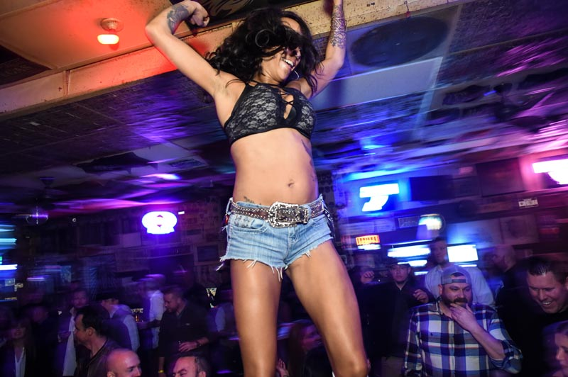 Hogs & Heifers Saloon Las Vegas_000215