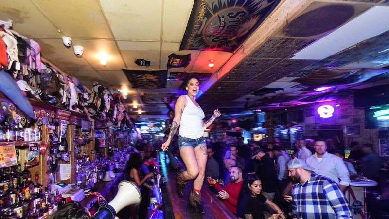 Hogs & Heifers Saloon Las Vegas_000217