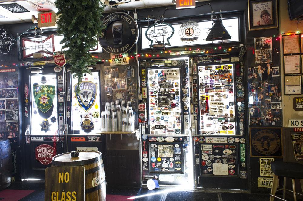 Hogs & Heifers Saloon_Las Vegas Dive Bars_0285