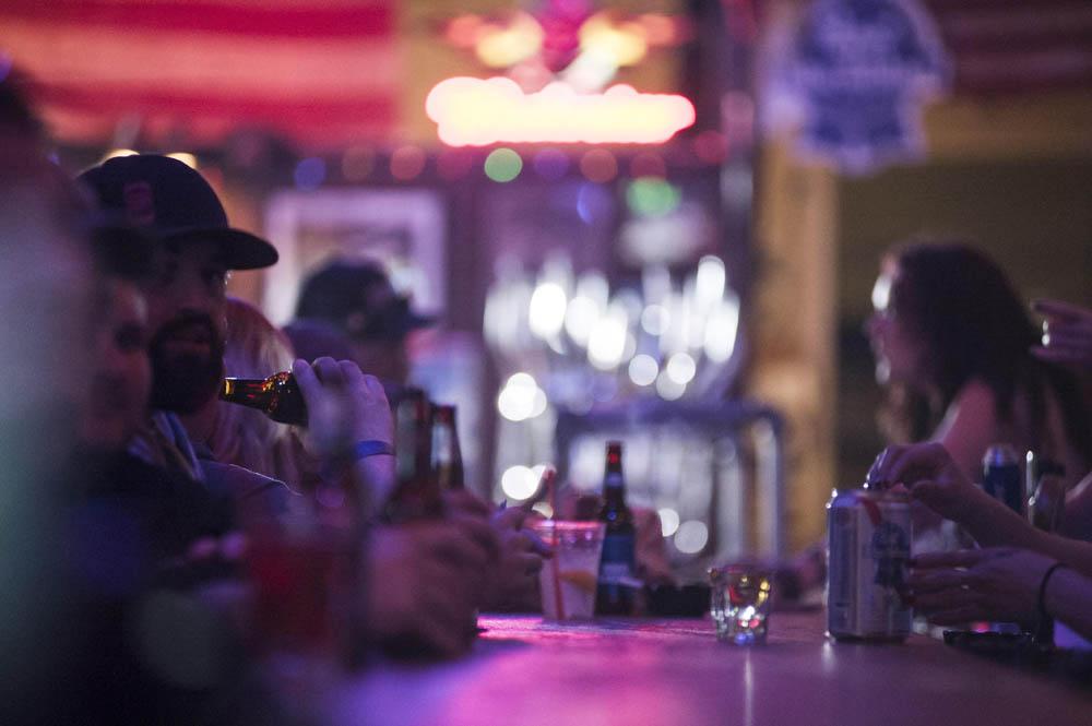 Hogs & Heifers Saloon_Pistol Pete_Mint 400_600777