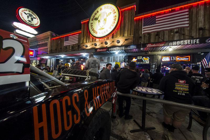 Hogs & Heifers Saloon_Pistol Pete_Mint 400_600831