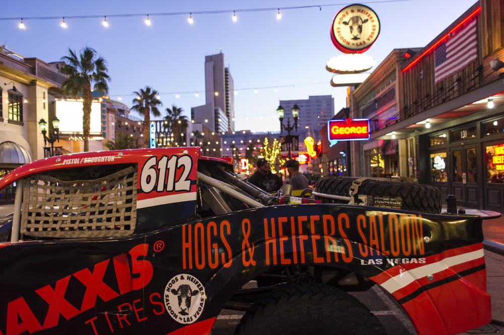 Hogs & Heifers Saloon New York_0024