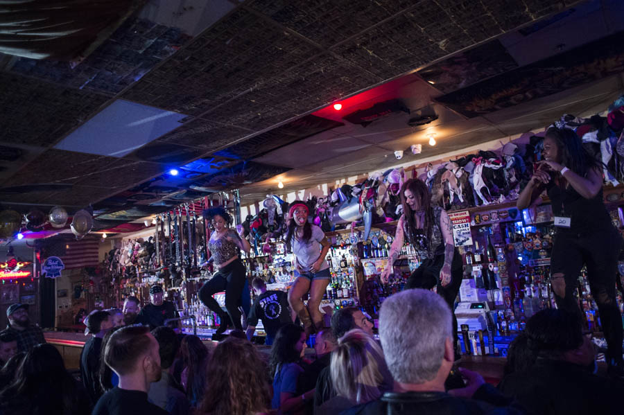 Hogs & Heifers Saloon_Las Vegas_600914