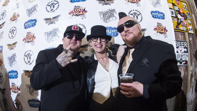 Hogs & Heifers Saloon Las Vegas_Moonshine Bandits_006500