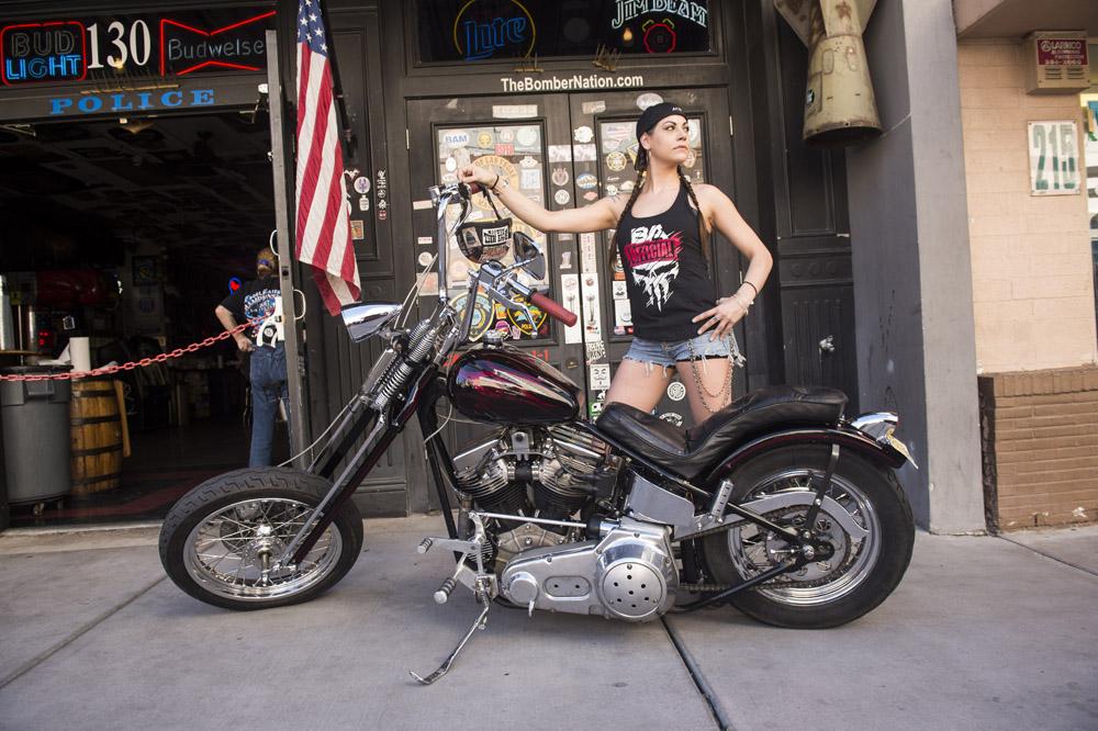 Hogs & Heifers Saloon Las Vegas_Motorcycle Rally_000321