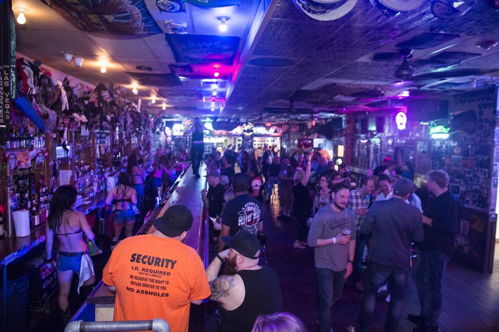 Hogs & Heifers Saloon Las Vegas_Motorcycle Rally_000344