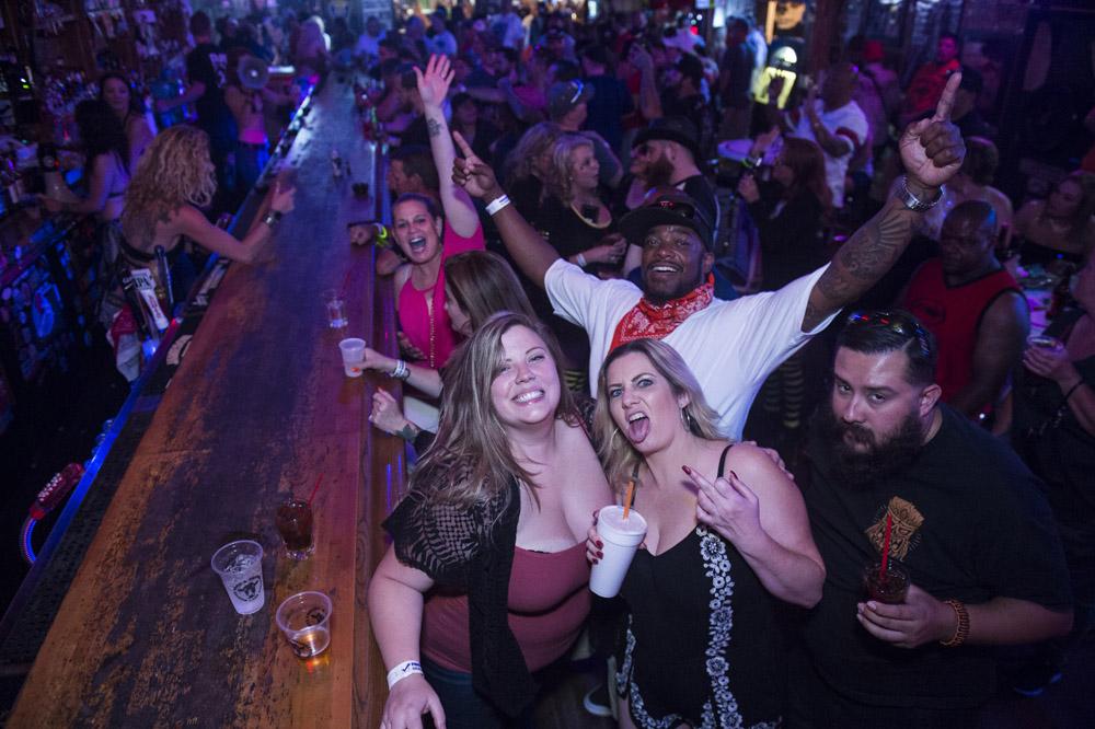 Hogs & Heifers Saloon Las Vegas_Motorcycle Rally_000369