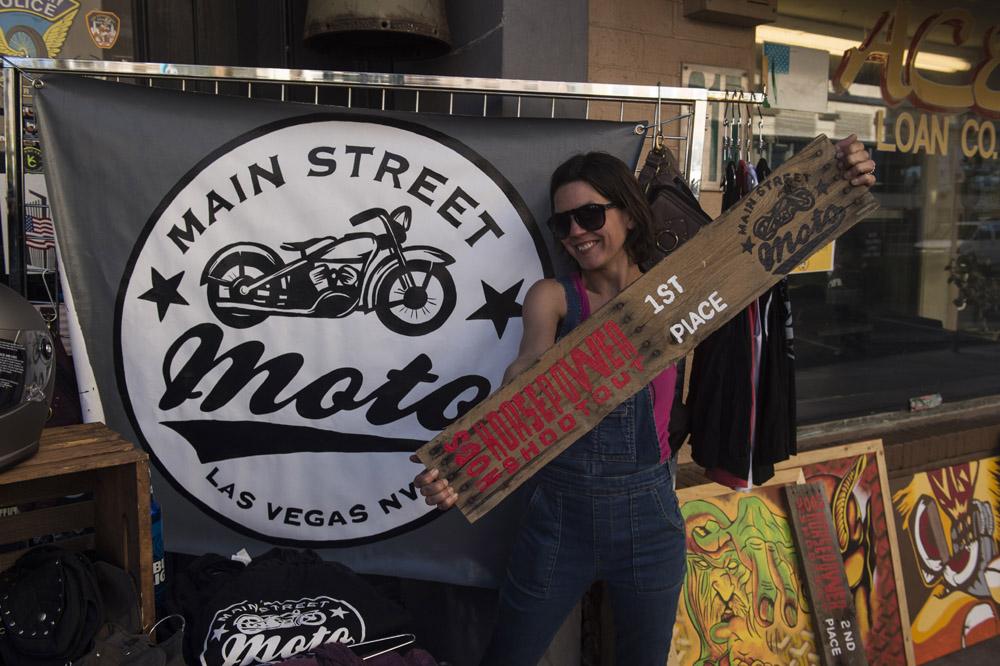 Hogs & Heifers Saloon Las Vegas_Motorcycle Rally_000401