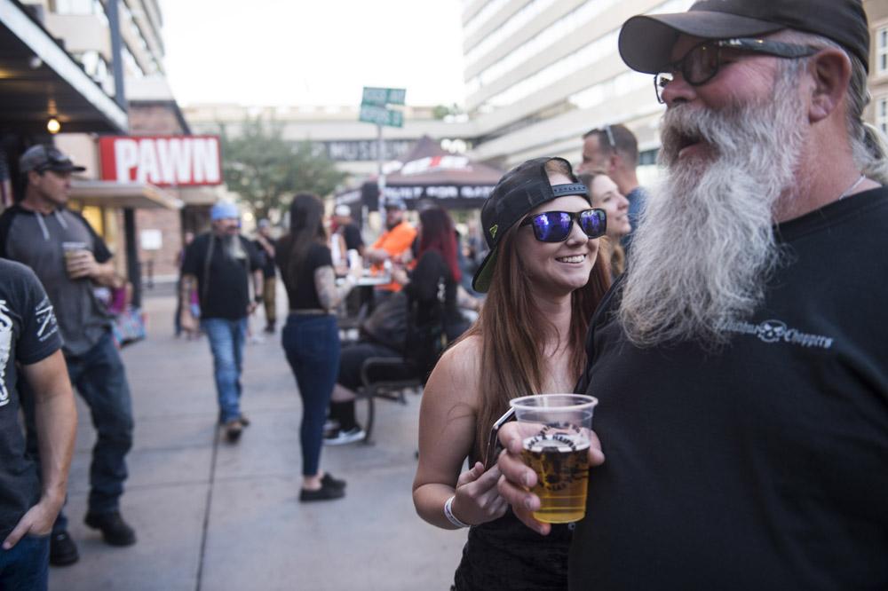 Hogs & Heifers Saloon Las Vegas_Motorcycle Rally_000409