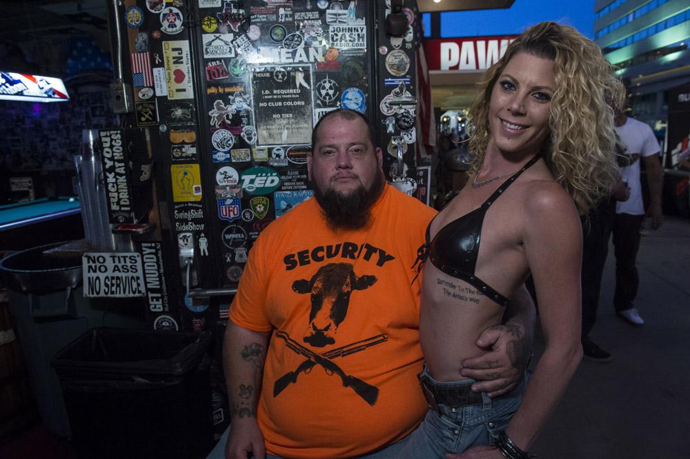 Hogs & Heifers Saloon Las Vegas_Motorcycle Rally_000424
