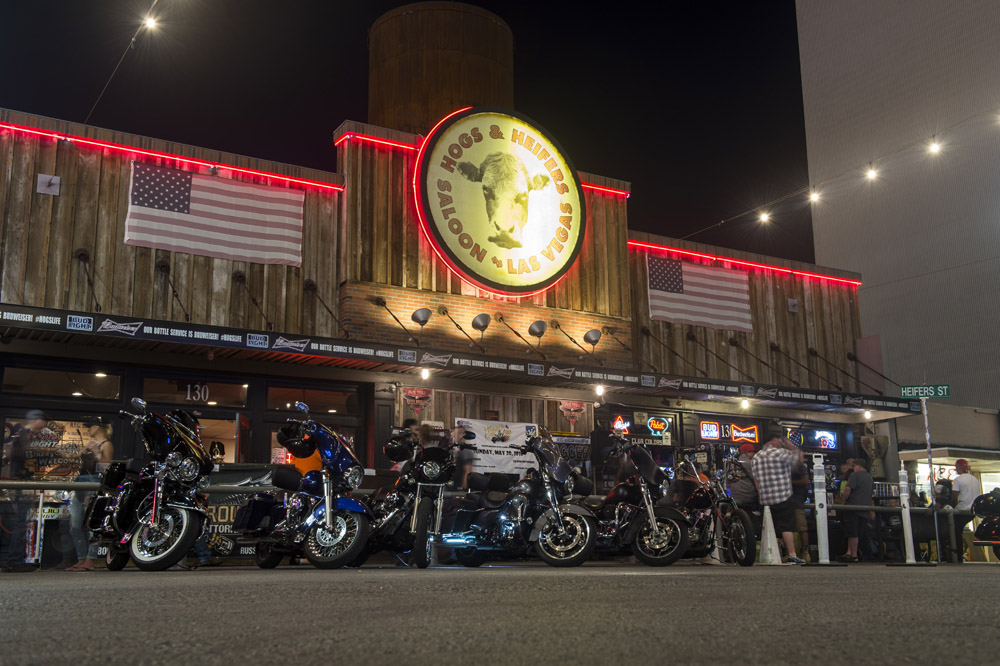 Hogs & Heifers Saloon Las Vegas_Motorcycle Rally_000438