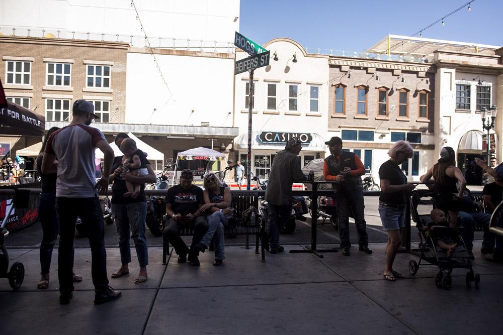 Hogs & Heifers Saloon Las Vegas_Motorcycle Rally_000471