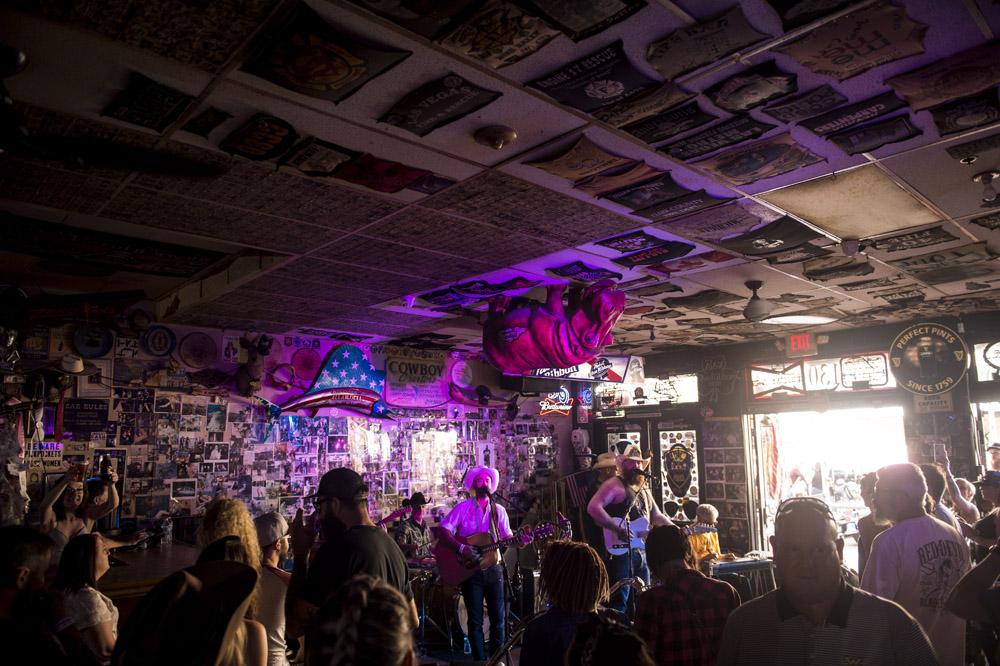 Hogs & Heifers Saloon Las Vegas_Motorcycle Rally_000492