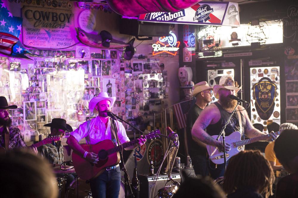 Hogs & Heifers Saloon Las Vegas_Motorcycle Rally_000493
