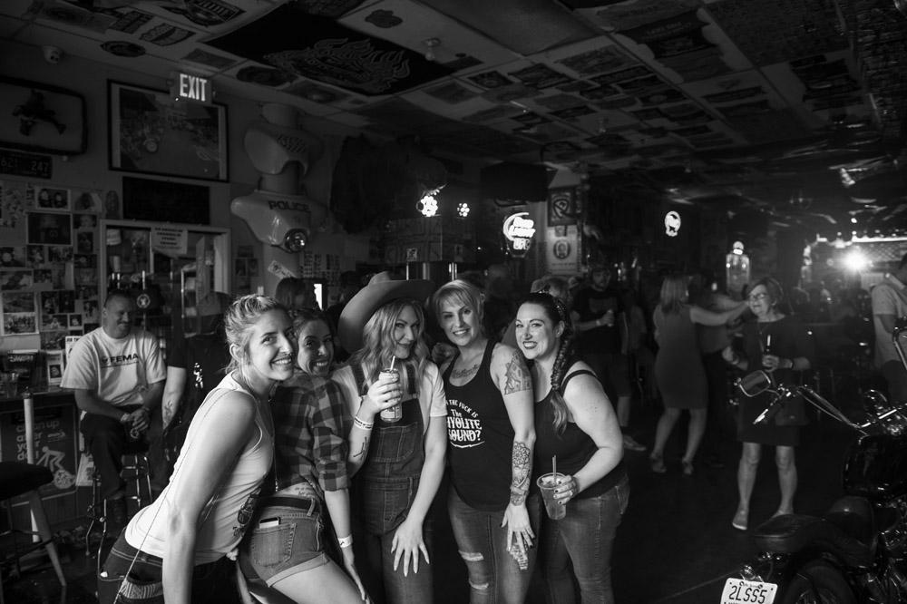 Hogs & Heifers Saloon Las Vegas_Motorcycle Rally_000506