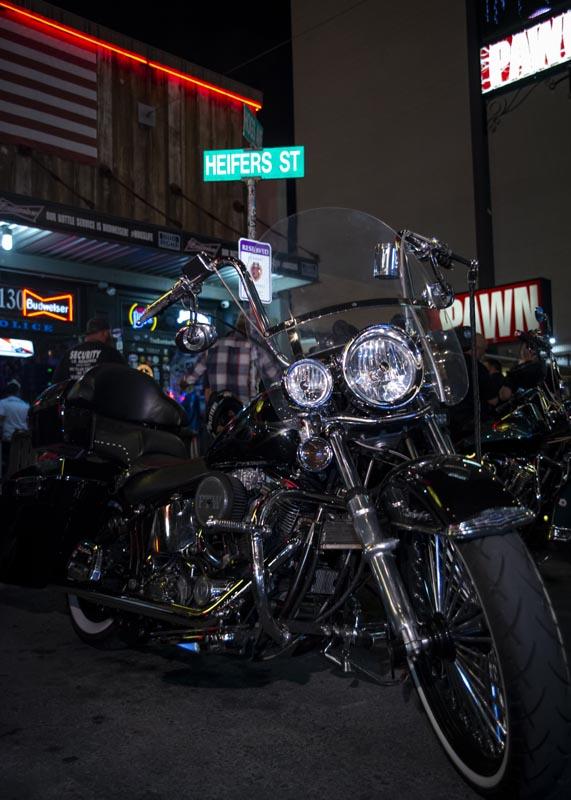 Hogs & Heifers Saloon Las Vegas_Motorcycle Rally_000547