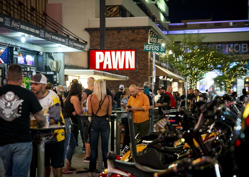 Hogs & Heifers Saloon Las Vegas_Motorcycle Rally_000558