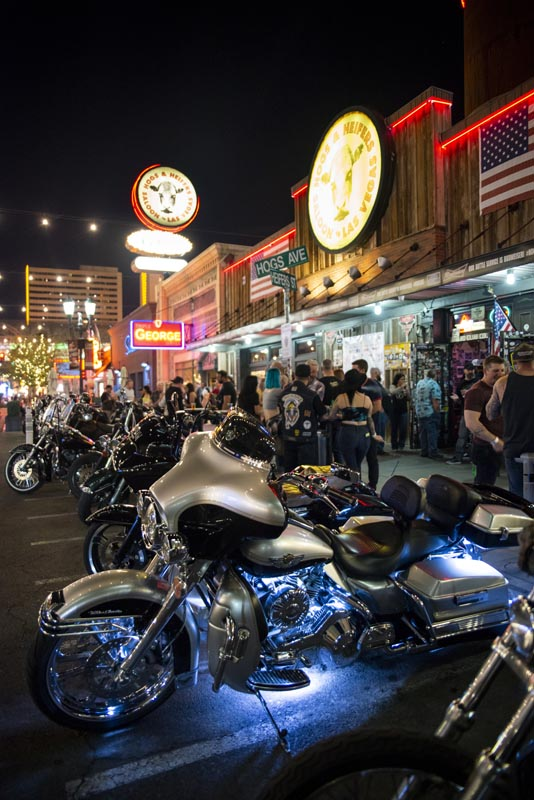 Hogs & Heifers Saloon Las Vegas_Motorcycle Rally_000583