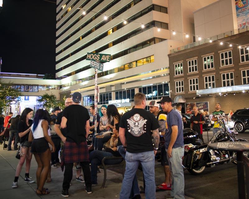 Hogs & Heifers Saloon Las Vegas_Motorcycle Rally_000605