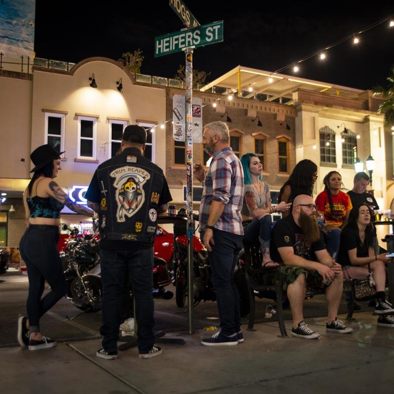 Hogs & Heifers Saloon Las Vegas_Motorcycle Rally_000609