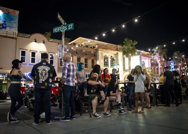 Hogs & Heifers Saloon Las Vegas_Motorcycle Rally_000610