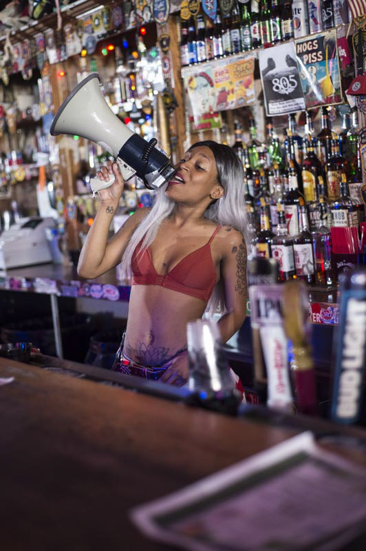 Hogs & Heifers Saloon Bartenders_000836