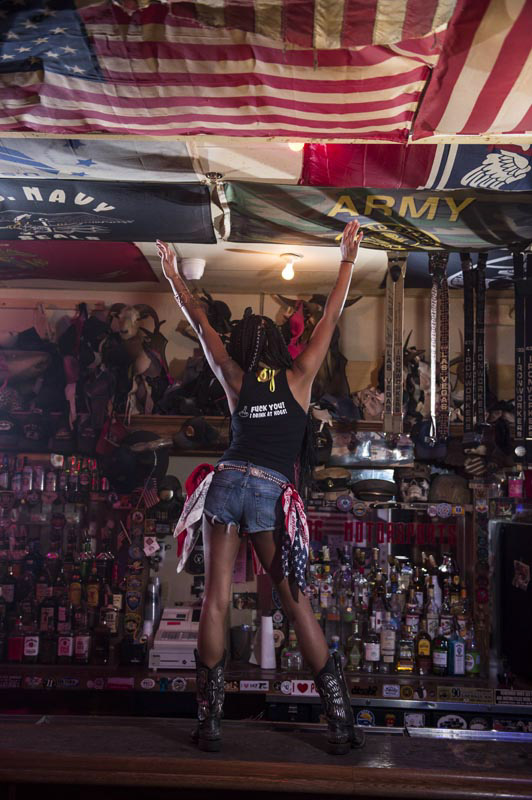 Hogs & Heifers Saloon Bartenders_000867