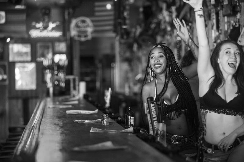 Hogs & Heifers Saloon Bartenders_000888