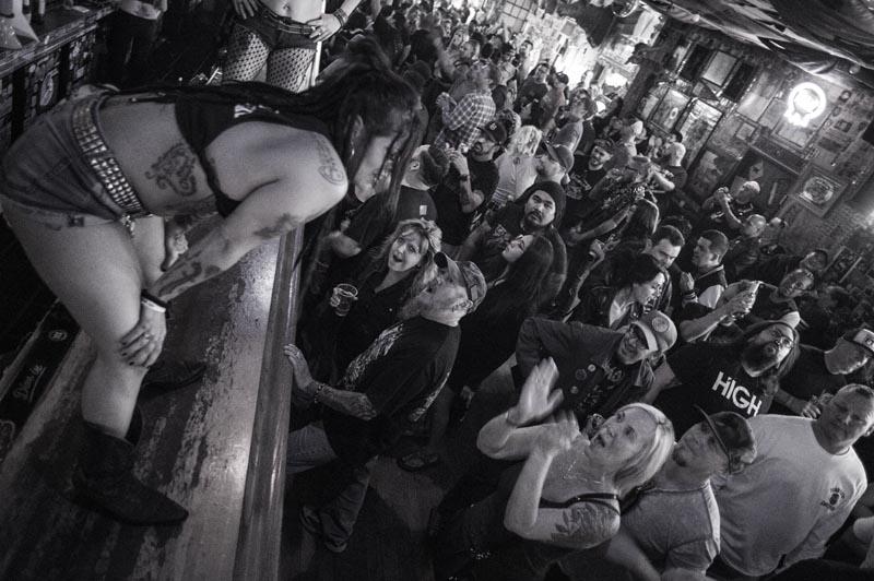 Hogs & Heifers Saloon Punk Rock Bowling_001124