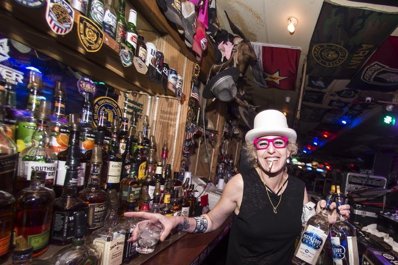 Hogs & Heifers Saloon Punk Rock Bowling_001132