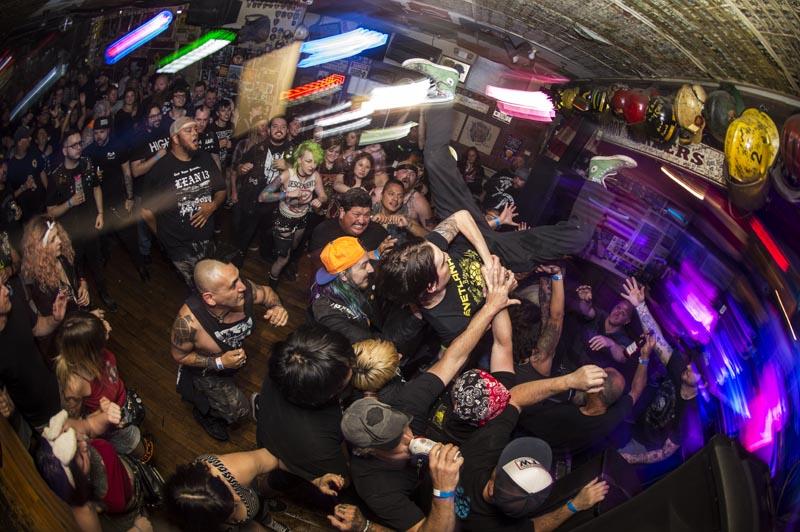 Hogs & Heifers Saloon Punk Rock Bowling_001133