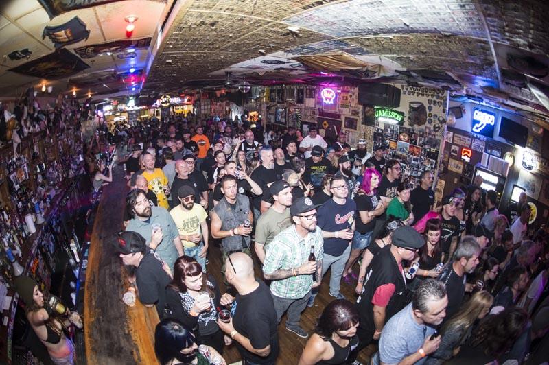 Hogs & Heifers Saloon Punk Rock Bowling_001215