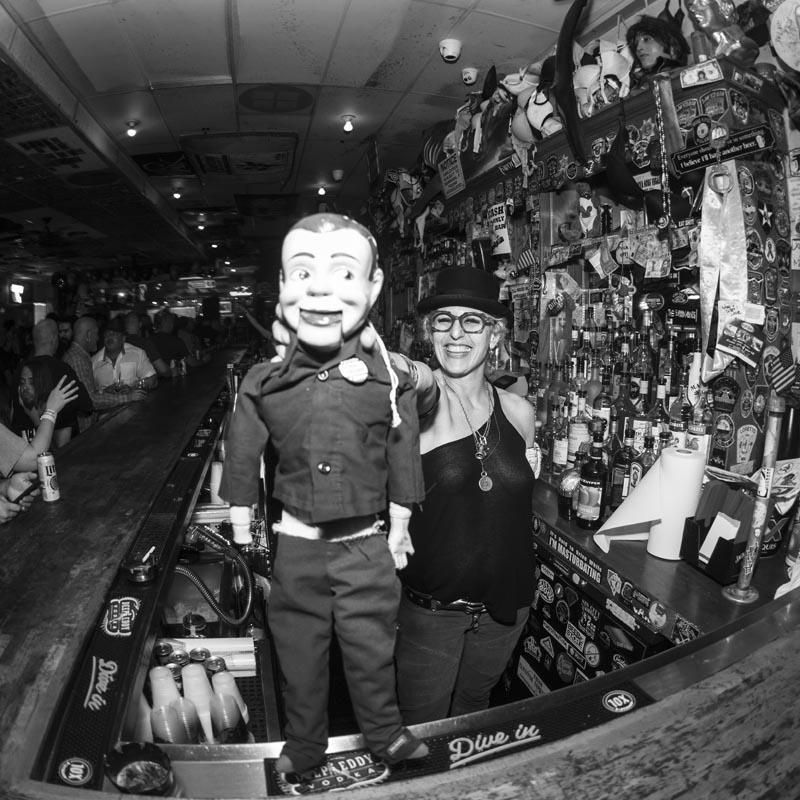 Hogs & Heifers Saloon Punk Rock Bowling_001223