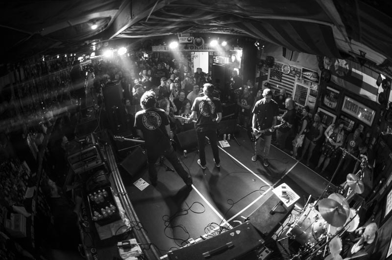 Hogs & Heifers Saloon Punk Rock Bowling_001225