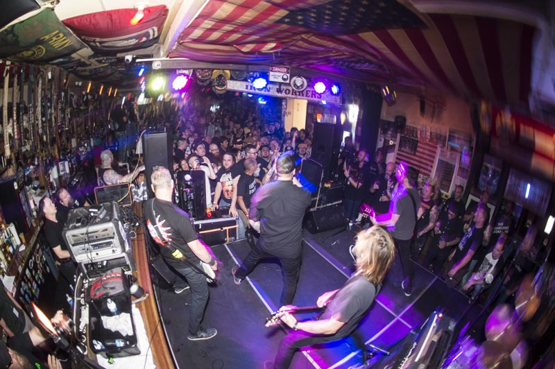 Hogs & Heifers Saloon Punk Rock Bowling_001244