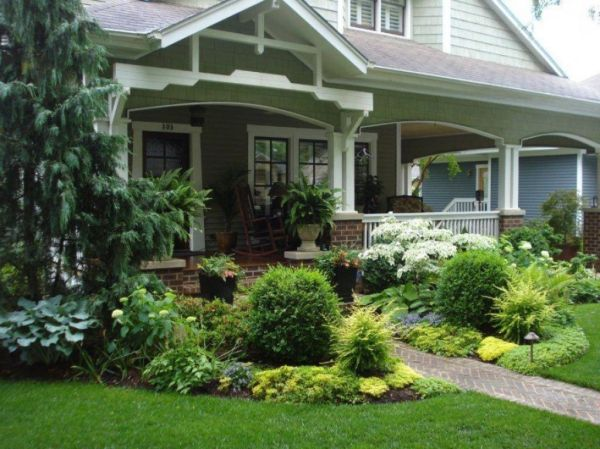 pretty front porch landscaping