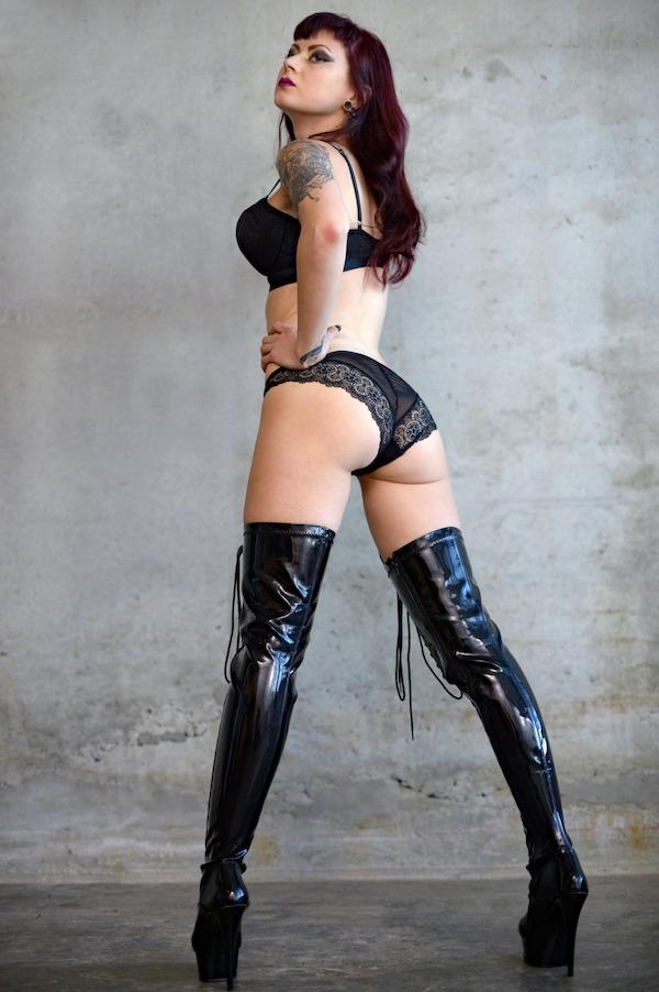 Mistress Ultra Violet