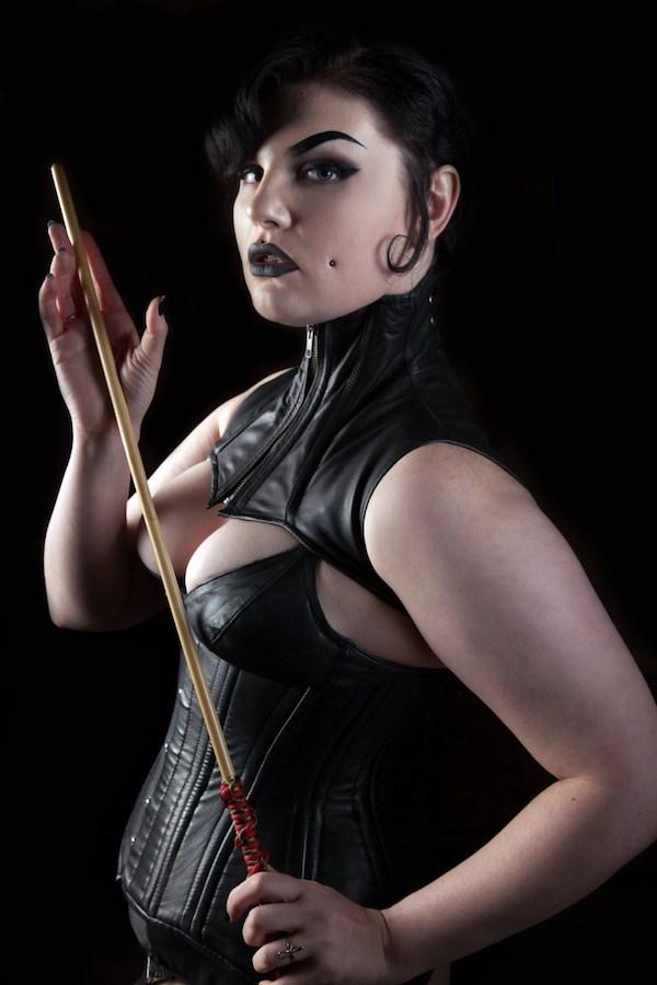 Madam Quinn Helix